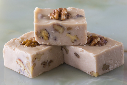 maple_walnut_fudge_blocks